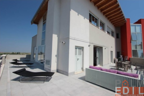 PENTHOUSE-LUX (2)